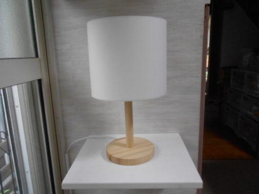 シンプル 木製テーブルランプ