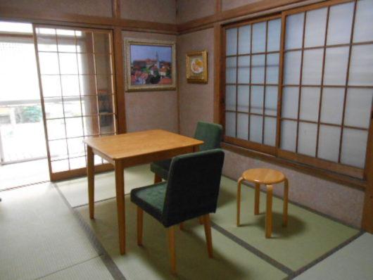 和室に洋風家具