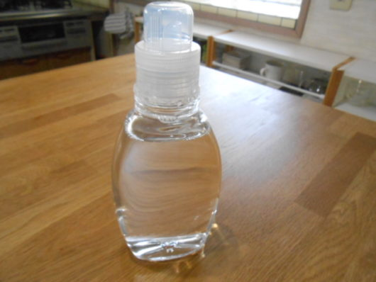 洗濯洗剤詰め替え容器 透明